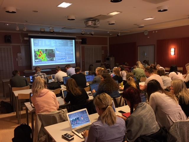 Nyheter:  Studenter på Örebro universitet använder EMBRACE