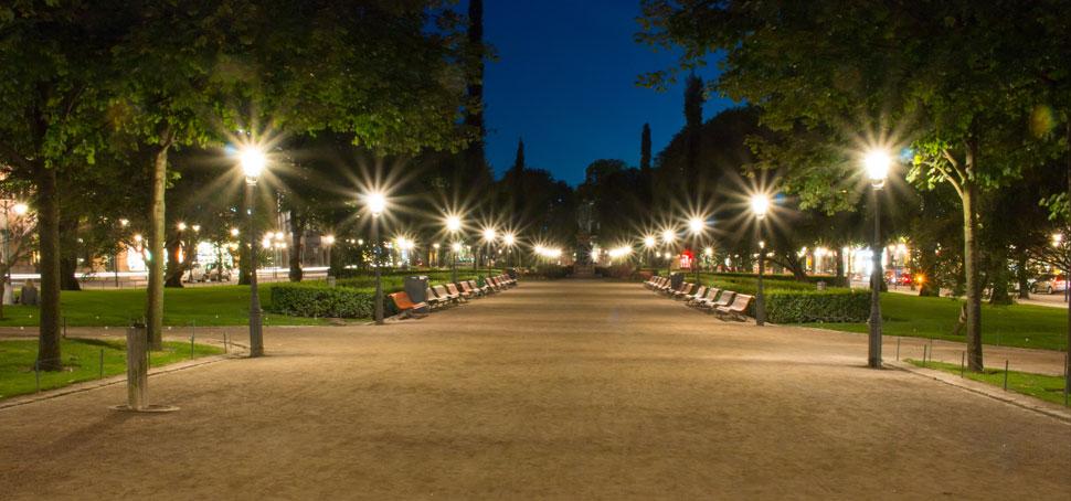 Efter orsaksanalys med hjälp av EMBRACE och insatser/ombyggnation (t.ex. förbättrad belysning) upplevs parken trygg och problemen har minskat.